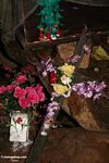 Flowers on cross at burial site in Londa Nanggala cave (Toraja Land (Torajaland), Sulawesi)