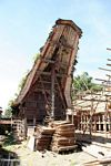 Construction of a traditional house in Palawa (Toraja Land (Torajaland), Sulawesi) -- sulawesi7092